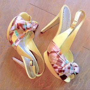 Women's BCBGirls Sandals - MUST BUY IN BUNDLE